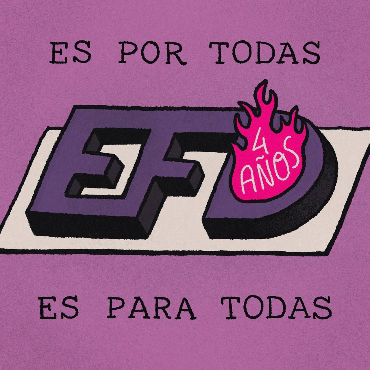 """Ilustracion de una torta violeta hecha con el logo con las iniciales EFD. Del centro de la D surge una llama magenta que con letras blancas dice """"4 años"""". Al rededor el texto """"Es por todas, es para todas""""."""